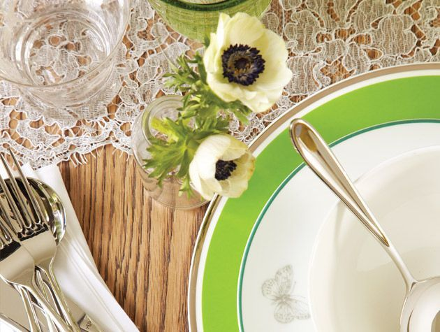 Nature inspired spring green dining room 3