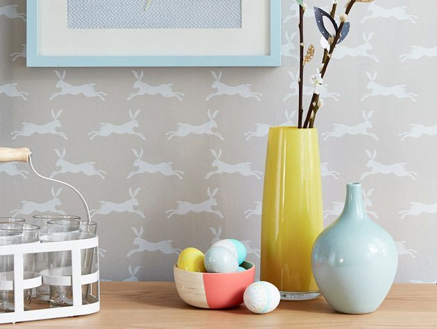 Spring dining room scheme with light wood and pale painted furniture 4