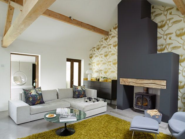 Take a tour around the ulta modern interiors to this converted barn 3
