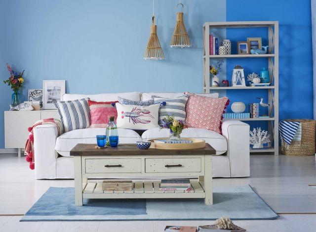 blue-paint-wall-interor-trend