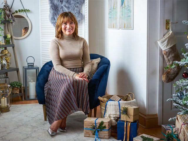 Lorraine Kelly's Christmas cottage makeover with Wayfair UK -wayfair-uk-home-tours-goodhomesmagazine.com