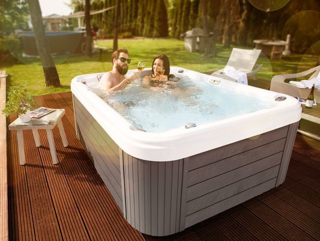 Wellis competition hot tub garden home win relax prize