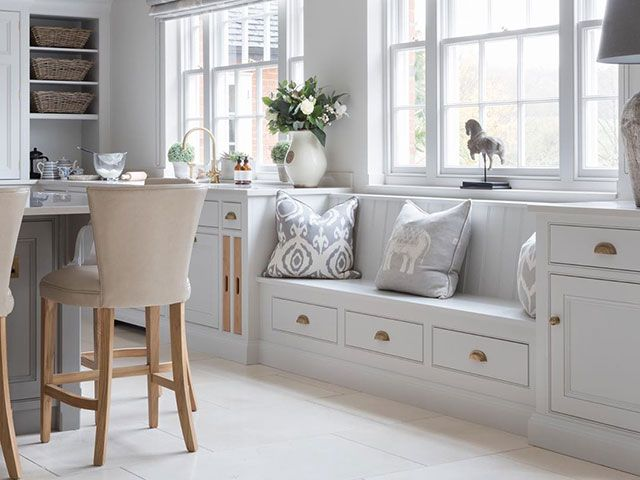 6 Ideas For Built In Kitchen Seating Goodhomes Magazine Goodhomes Magazine