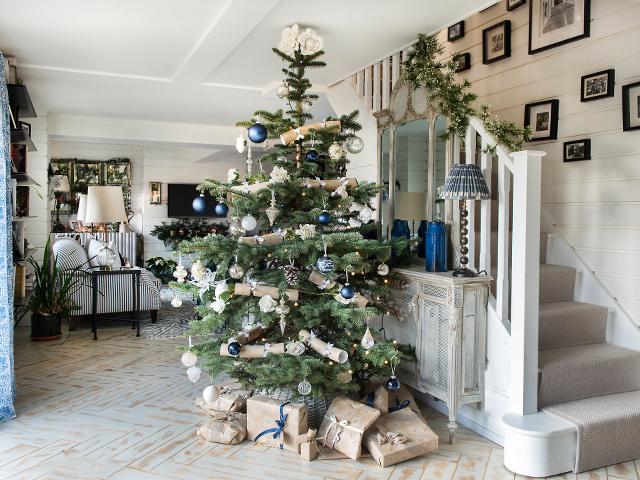 christmas tree hallway
