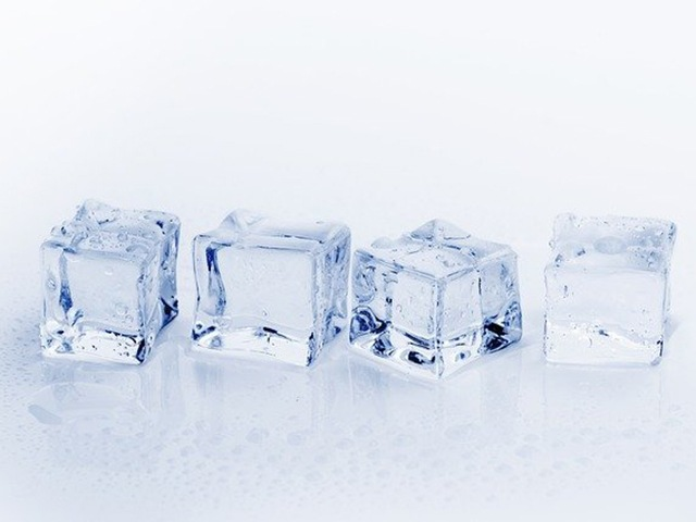 Ice cubes. Credit: Bru-nO | Good Homes Magazine